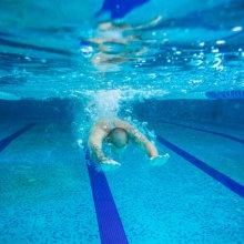 zwembad naaktzwemmen natuurlijk! nfn